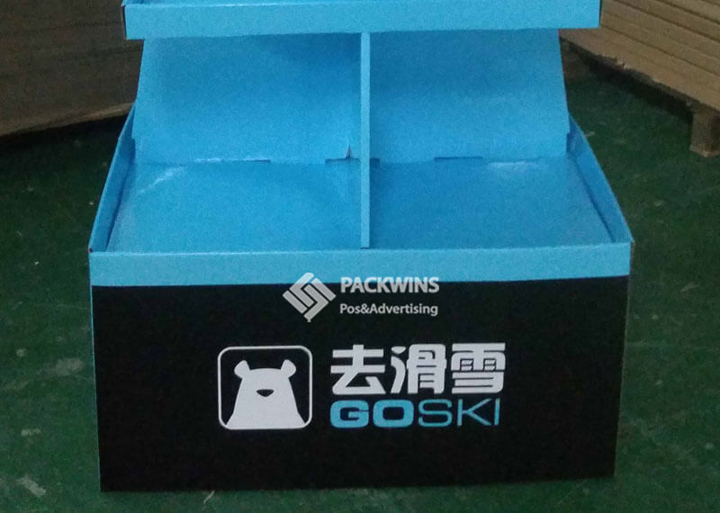 GoSki Pallet Display 4 Sides Accessible