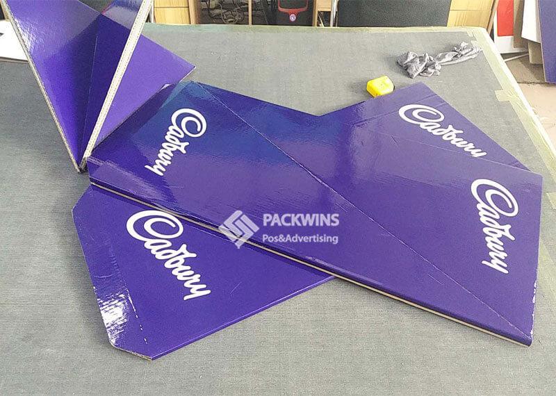 Cadbury Point of Purchase Display Fast Setup