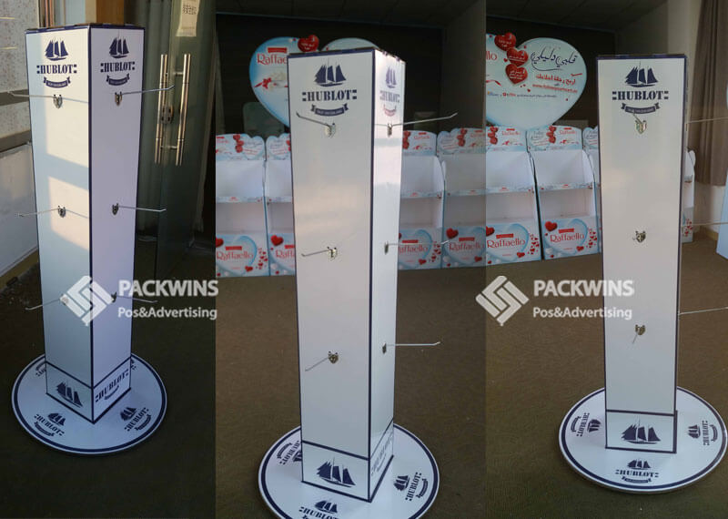 Cardboard Point Of Sale Pegboard Tower For Slippers