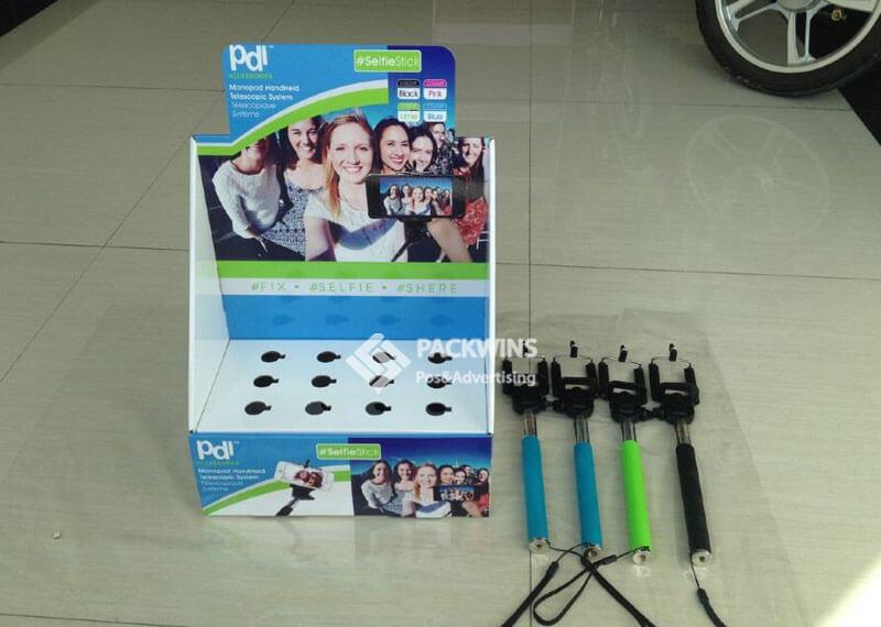 Plug&Play Selfie Stick Shelf Ready Package